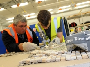 Topps Tiles donates to Solihull College construction students