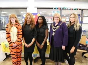 Travel students with Mayor of Solihull